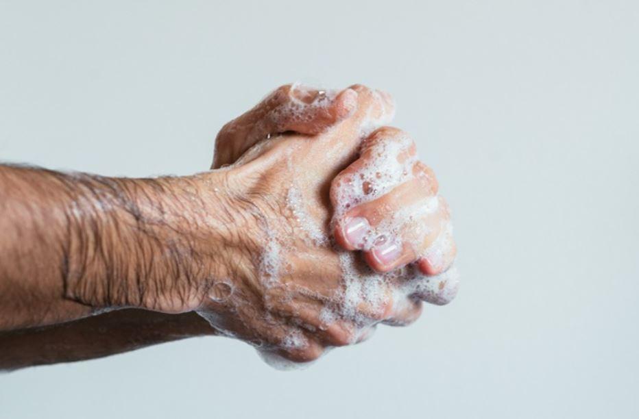 Infection oculaire : lavez vous les mains